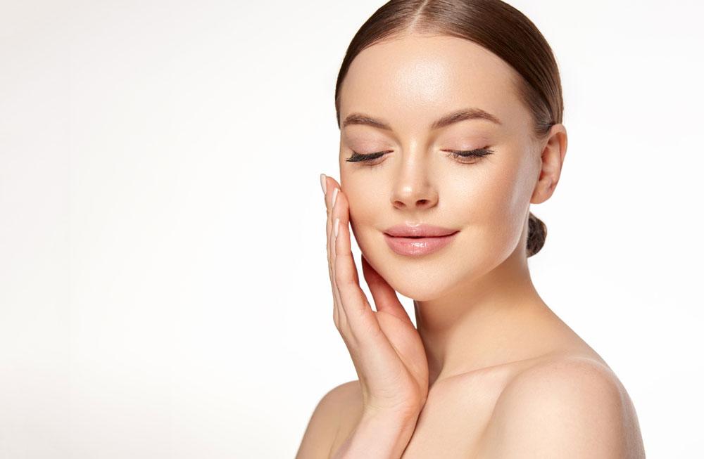 pelle più giovane con intervento